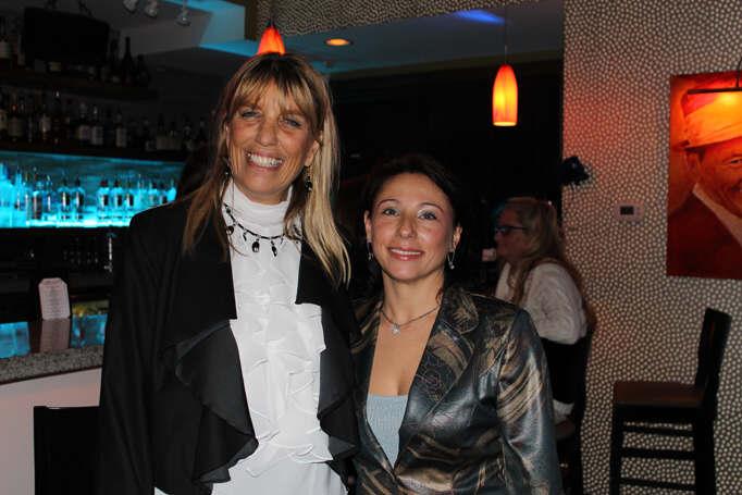 Style Strand Fashion - Emanuela Neculai and Sandy Chapman