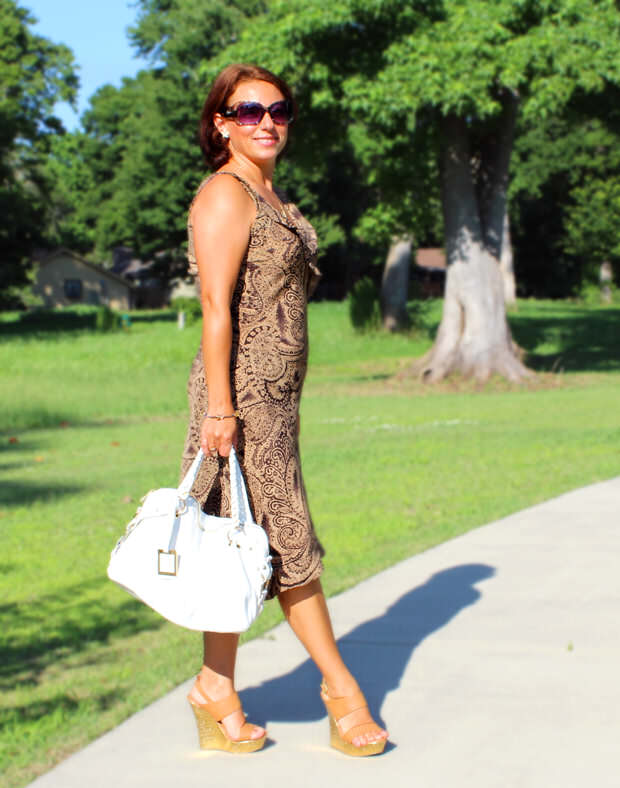 Emanuela Neculai - Myrtle Beach Area Independent Fashion Blogger