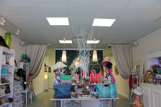 Style Strand Fashion - Salon Edge